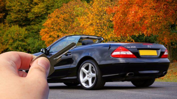 Jak bezproblemowo przeprowadzić wynajem samochodu?
