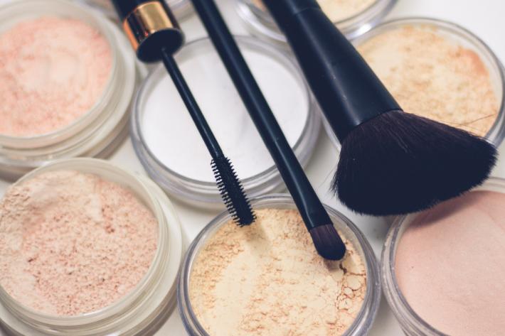 kosmetyki do makijażu dziennego