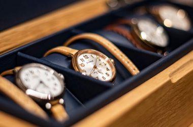 jaki zegarek do garnituru wybrać